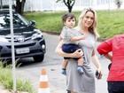 Fernanda Gentil comemora aniversário em casa de festas infantil