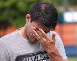 Márcio Guerreiro encerra carreira e se emociona na despedida no Nova Iguaçu (Foto: Bernardo Gleizer/NIFC)