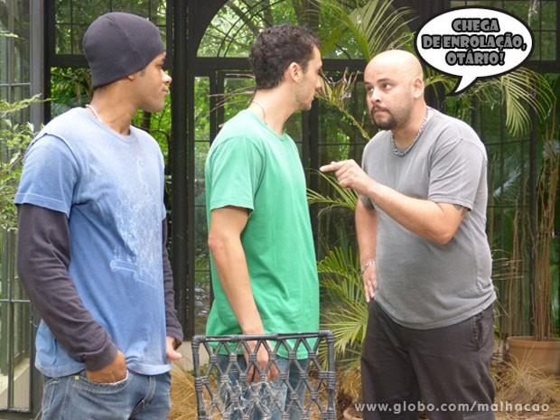 VISH! O Sal vai ter que se virar pra conseguir o dinheiro dos bandidos! (Foto: Malhação / Tv Globo)