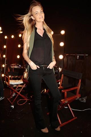Carol Trentini  no Risqué Dream Fashion Show (Foto: Alessandra Gerzoschkowitz / EGO)