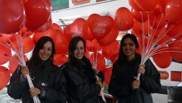 Ação embalou os corações apaixonados e celebrar o 'Dia dos Namorados', em Curitiba (Foto: Divulgação/RPC)