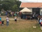 Servidores de centro de saúde fazem protesto por ampliação em Campinas
