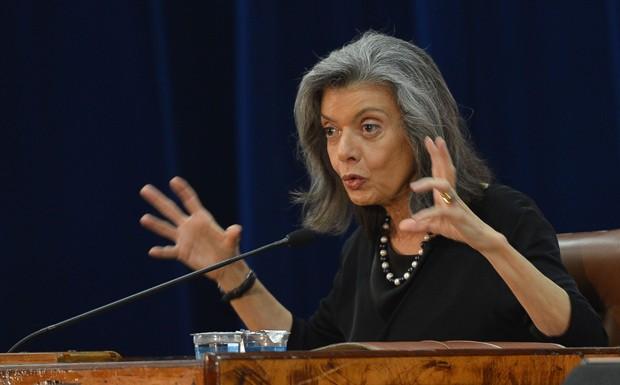 Ministra do STF diz que a palavra 'crise' está desmoralizada