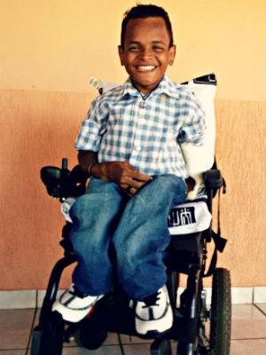 Estudante com doença rara em Uberlândia Túlio Mendhes (Foto: Arquivo Pessoal/Túlio Mendhes)