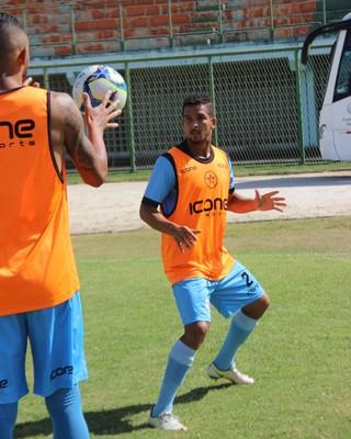 Muriel vem sendo um dos destaques do Resende (Foto: Divulgação/Resende FC)