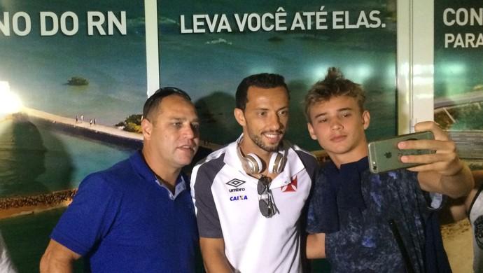 Vasco desembarca em Natal (Foto: Augusto César Gomes/GloboEsporte.com)