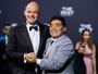 """Maradona celebra início de parceria de trabalho """"limpo e transparente"""" na Fifa"""