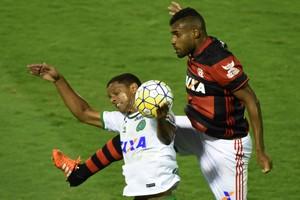 Rafael Dumas Flamengo Chapecoense (Foto: André Durão)