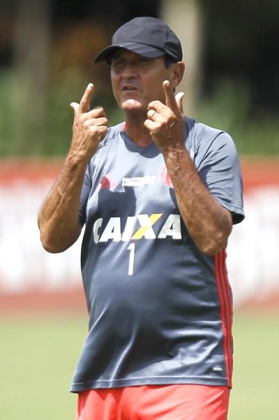Muricy treino Flamengo (Foto: Gilvan de Souza / Flamengo)