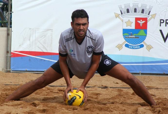 Tetracampeão do mundo, Bruno Malias comanda o 'Brancão' na competição - futebol de areia (Foto: Divulgação)