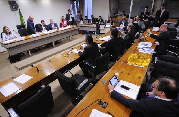 CPI mista da Petrobras ouve depoimento de Graça Foster, na última quarta (11) (Foto: Pedro França/Agência Senado)