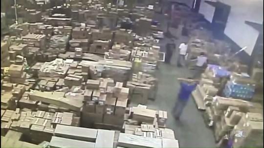 Operação da Polícia Civil prende suspeitos de roubar transportadora