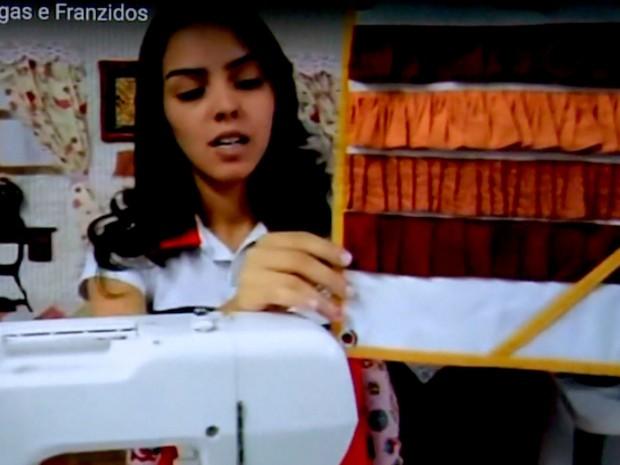 Empresária começou a fazer postagens na internet sobre costura e alavancou o negócio, em Campinas (Foto: Reprodução / EPTV)