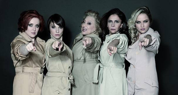"""Fafá Rennói, Cynthia Falabella, Suely Franco, Vera Mancin e Ellen Roche em """"Loucas Por Eles"""" (Foto: Divulgação)"""