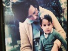 William Bonner posta foto de quando era criança com a mãe