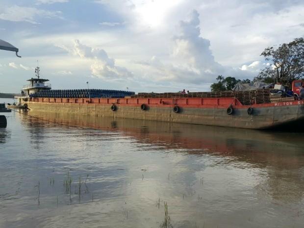 Tripulante responsável pelo embarque de cargas foi preso (Foto: Divulgação/Polícia Federal)