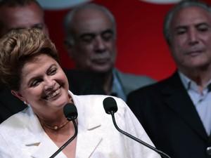 Dilma Rousseff sorri em festa em Brasília (Foto: Ueslei Marcelino/Reuters)