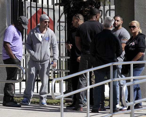 Jeremy Biber, pai de Justin, aguarda sua liberação (Foto: REUTERS/Andrew Innerarity)