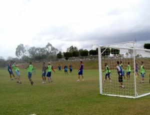 treino Porto-PE bola parada (Foto: André Vinícius / GloboEsporte.com)