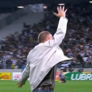 Mano comemora gol (Foto: Reprodução SporTV)