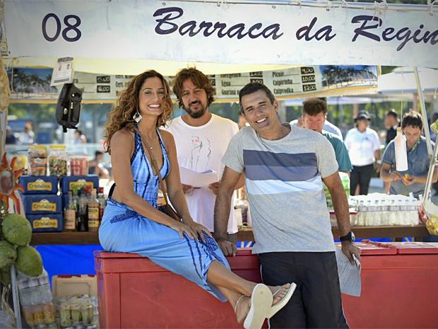 Camila Pitanga e Marcos Pasquim posam ao lado do diretor, Cristiano Marques (Foto: Raphael Dias / Gshow)