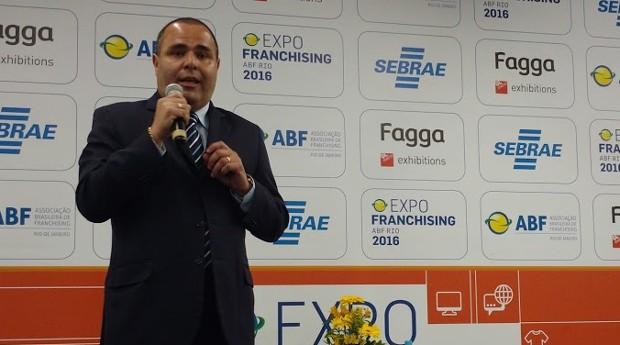 Osmar Santos, professor de gestão financeira da ESPM Rio (Foto: Adriano Lira)