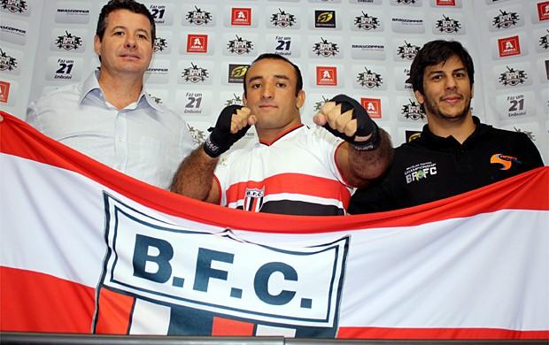 Botafogo-SP apresenta reforço nos tatames do MMA: Márcio Barão  (Foto: Cleber Akamine / Globoesporte.com)