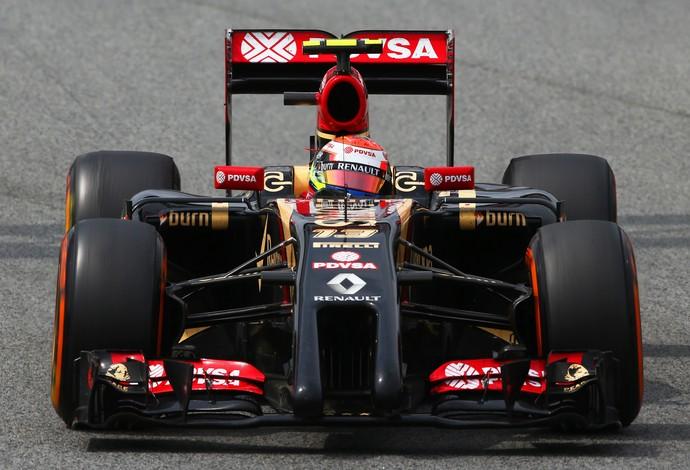 Maldonado colocou a Lotus no topo do último dia de testes de Barcelona (Foto: Getty Images)