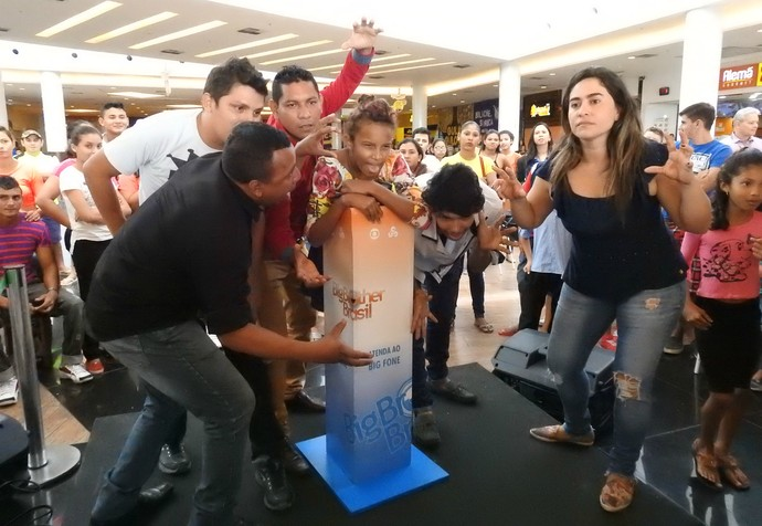 Mannequin challenge é um dos desafios propostos pelo Big Fone (Foto: Rede Amazônica)