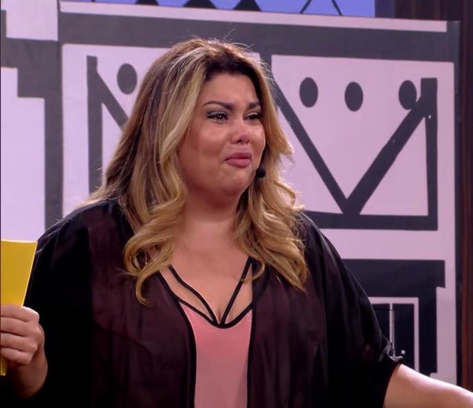 Fabiana Karla se emociona no 'Tamanho Família' (Foto: TV Globo)