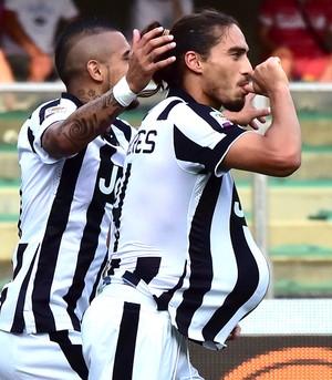 Jose Martin Caceres comemoração Juventus contra Chievo (Foto: AFP)