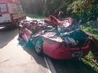 Caminhão passa por cima de carro em acidente com duas mortes no RS