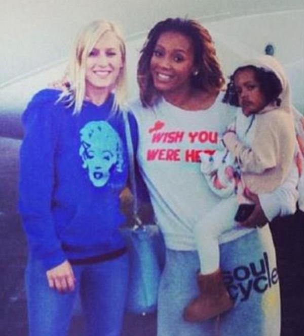 A ex-babá dos filhos da cantora Mel B com a cantora (Foto: Instagram)