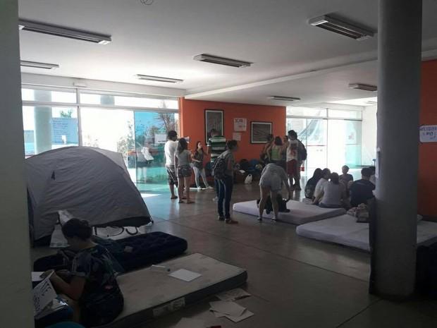 Alunos ocupam UFSJ em Divinópolis (Foto: Jacqueline Alves/Arquivo Pessoal)