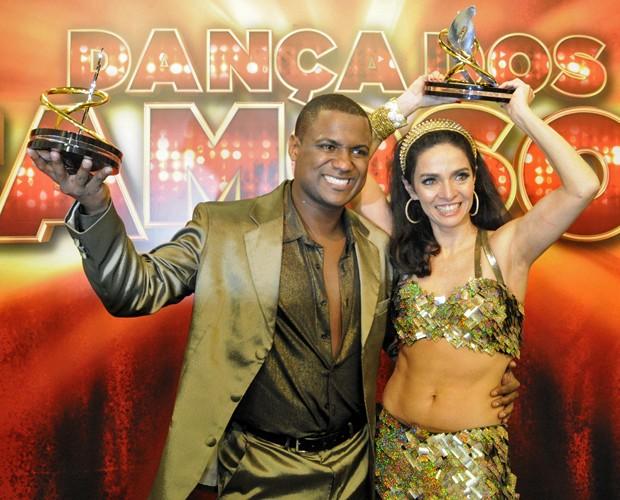 Claudia Ohana e Patrick Carvalho (Foto: Domingão do Faustão/TV Globo)