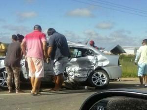 PRE ainda não identificou as vítimas do acidente (Foto: Anderson Oliveira / Blog do Anderson )