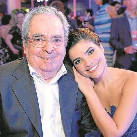 Benedito Ruy Barbosa e Vanessa Giácomo (Foto: Zé Paulo Cardeal/TV Globo)