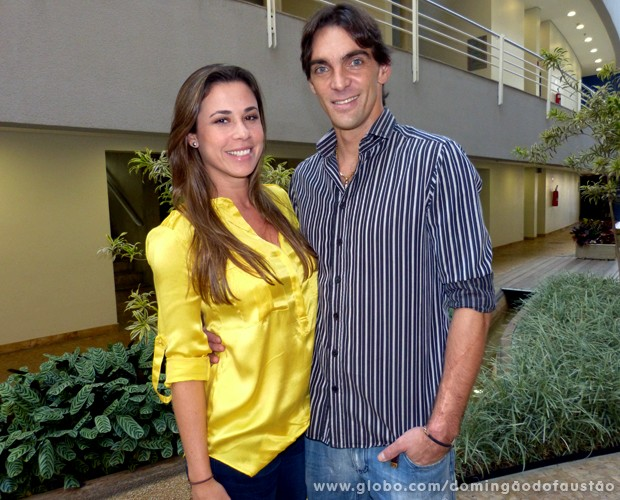 Maria Luiza e Giba estão juntos há seis meses (Foto: Domingão do Faustão / TV Globo)