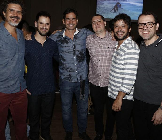 Os diretores: André Camara, Pedro Brenelli, Vinícius Coimbra, Bruno Safadi, João Paulo Jabur, e o autor Mario Teixeira (Foto: Fábio Rocha / Gshow)