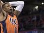 Kevin Durant e Westbrook guiam a vitória do Oklahoma contra o Memphis