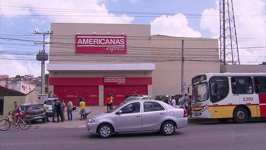 Gerente de loja e suspeito são feridos durante assalto em Camaragibe, PE