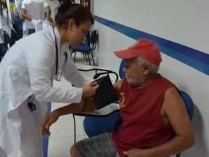 Profissionais de enfermagem encontram oportunidades no PAT  (Foto: Aline Nascimento/G1)