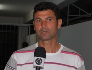 Gilmar Batista, técnico do Nacional  (Foto: Larissa Keren)