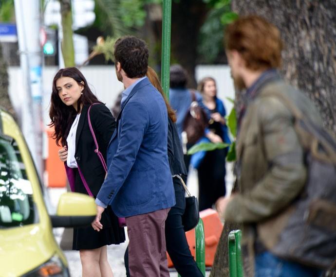 Letícia Persiles, Emilio Dantas e Rafael Cardoso gravam cena de desencontro em nova fase. O que vem por aí?  (Foto: Ellen Soares/Gshow)