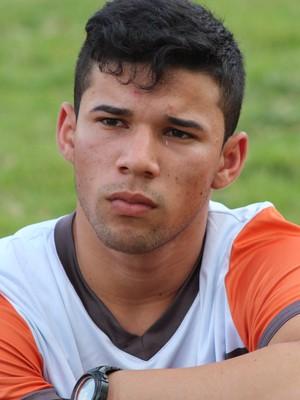 Luizinho, atacante do River (Foto: Francisco Filho)