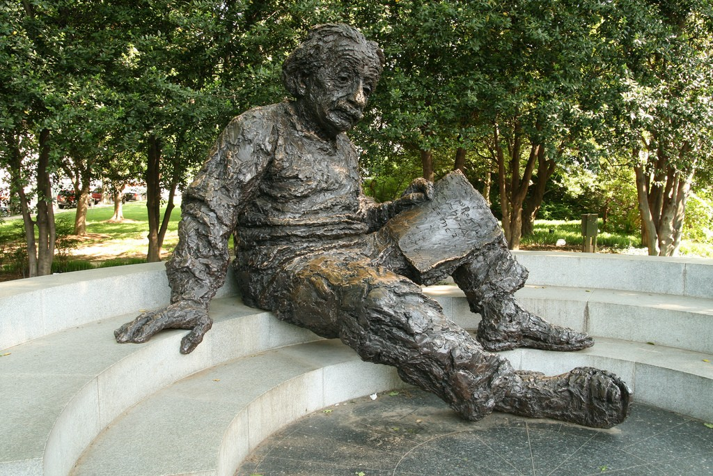 Albert Einstein na National Academy of Sciences (Foto: Flickr/Brostad)