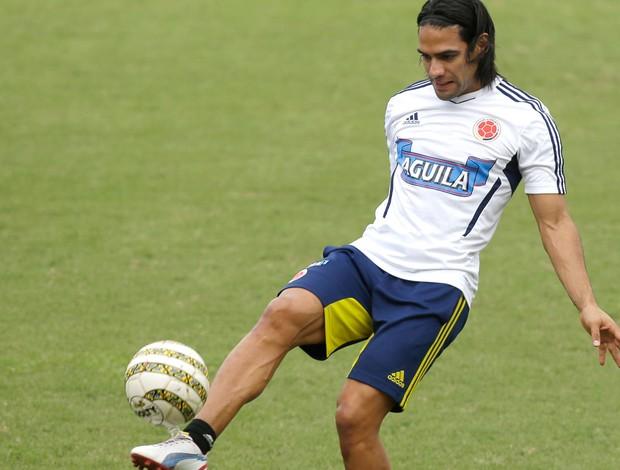 Falcão, treino da Colômbia (Foto: Agência EFE)