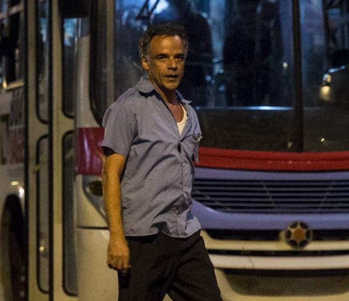 Ângelo Antônio fará um motorista de ônibus casado com a personagem de Adriana Esteves (Foto: Globo/Estevam Avellar)