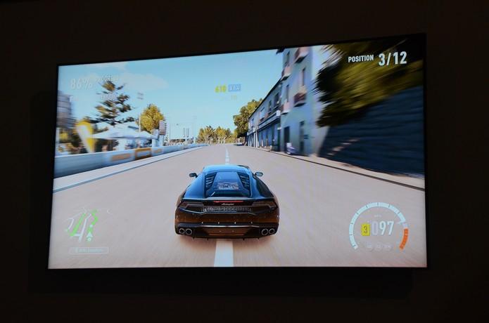 Forza Horizon 2 é um dos sucessos da Brasil Game Show 2014 (Foto: Matheus Vasconcellos/ TechTudo)