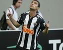 Atacante Leonardo adia acerto e deve reforçar o Paraná apenas na Série B